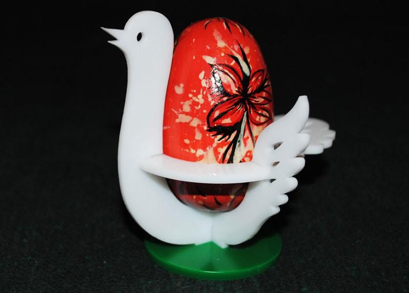 Подставка под пасхальное яйцо.